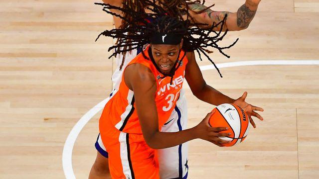 WNBA: Jonquel Jones WNBA:All Star Game