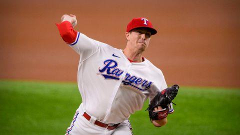 Texas Rangers pitcher Kyle Gibson