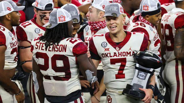 Oklahoma Sooners quarterback Spencer Rattler