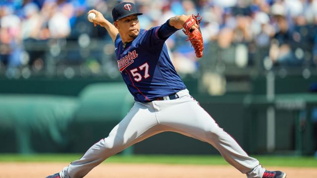 Minnesota Twins pitcher Hansel Robles