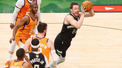 Milwaukee Bucks guard Pat Connaughton