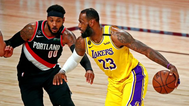Los Angeles Lakers forwards Carmelo Anthony and LeBron James