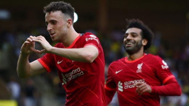 Liverpool forwards Diogo Jota (left) and Mohamed Salah