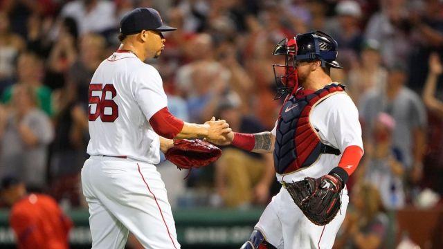 Boston Red Sox pitcher Hansel Robles, catcher Christian Vázquez