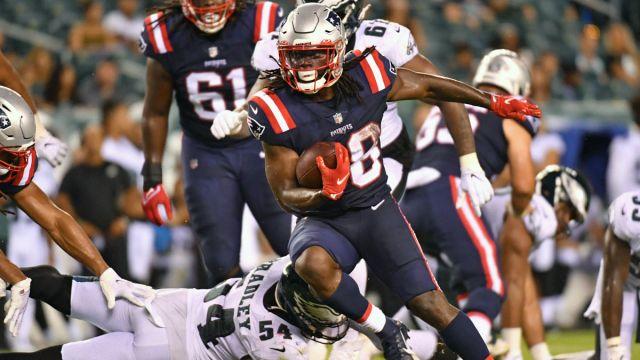 Philadelphia Eagles linebacker Shaun Bradley and New England Patriots running back Rhamondre Stevenson