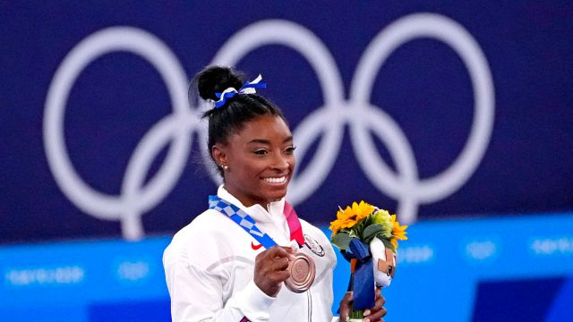 Olympics: Gymnastics Simone Biles wins bronze on beam- Aug 3
