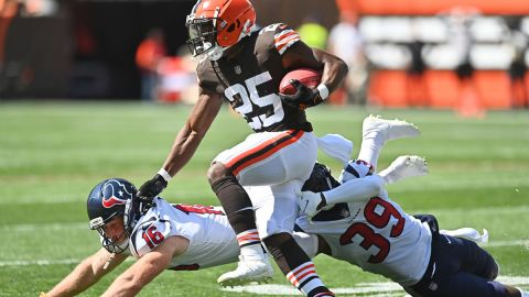 Cleveland Browns running back Demetric Felton