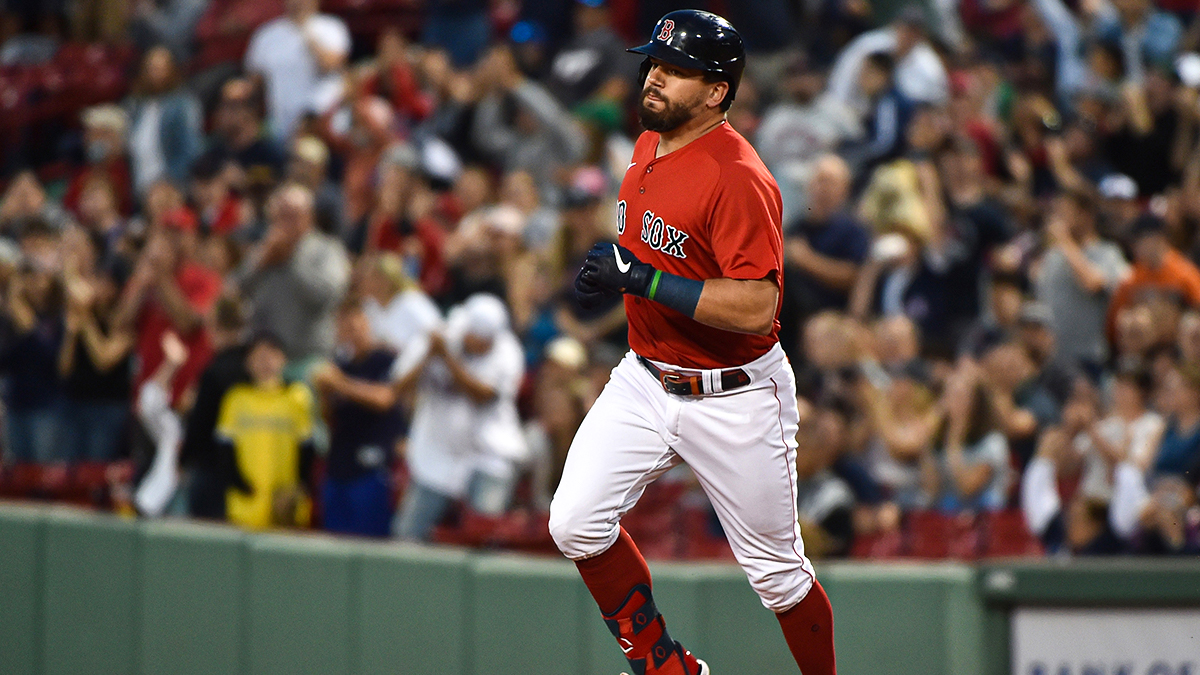 Kyle Schwarber Continues Impressive On-Base Stint With Red Sox