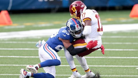 New York Giants cornerback Logan Ryan and Washington Football Team wide receiver Terry McLaurin