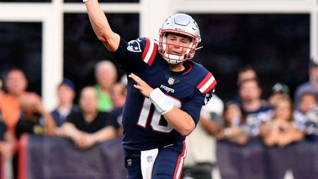 Patriots Quarterback Mac Jones
