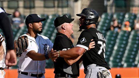 Detroit Tigers infielder Niko Goodrum, Chicago White Sox first baseman Jose Abreu