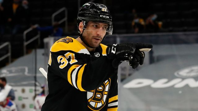 Bruins forward Patrice Bergeron