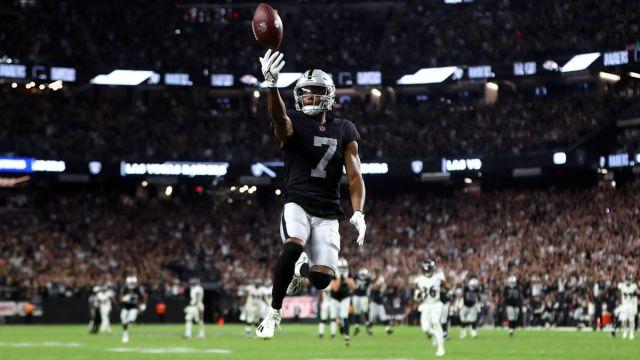 Las Vegas Raiders wide receiver Zay Jones