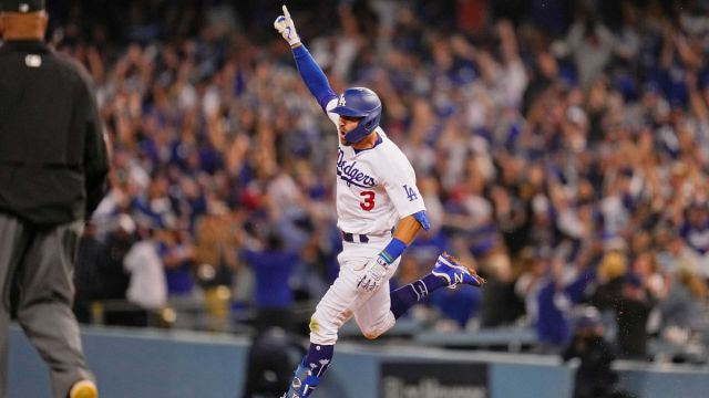 Los Angeles Dodgers outfielder Chris Taylor
