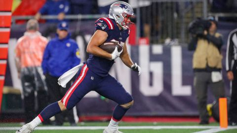 New England Patriots tight end Hunter Henry