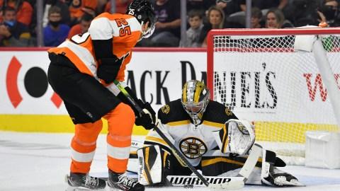 Boston Bruins goalie Jeremy Swayman, Philadelphia Flyers forward James van Riemsdyk