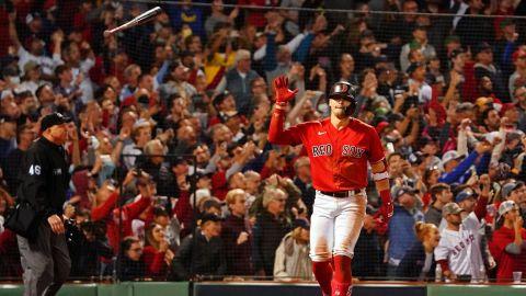 Boston Red Sox outfielder Kiké Hernandez