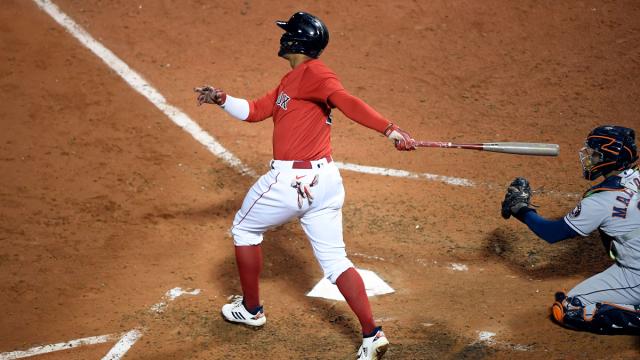 Red Sox shortsop Xander Bogaertz