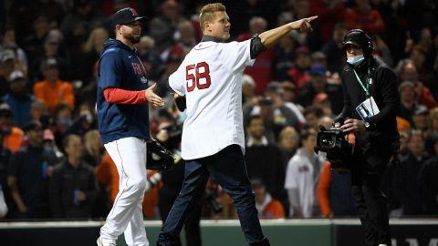 Former Boston Red Sox pitcher Jonathan Papelbon