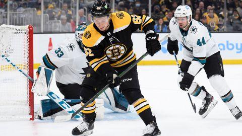 Boston Bruins center Oskar Steen